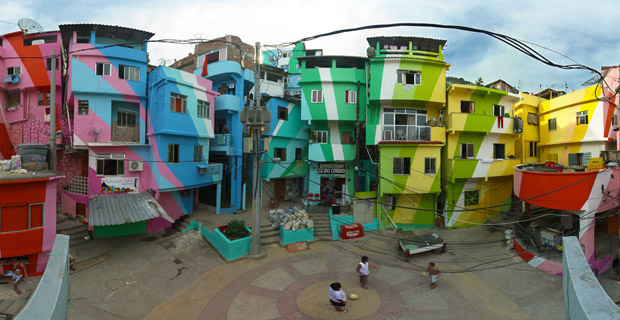 (Photo: Favela painting.com)