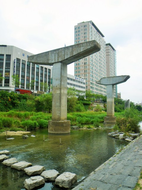 Cheonggyecheon River
