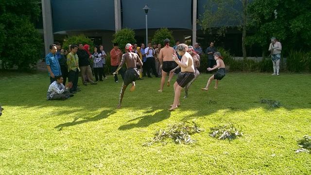 Wakakulang dancers