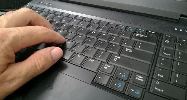 Blogging hand